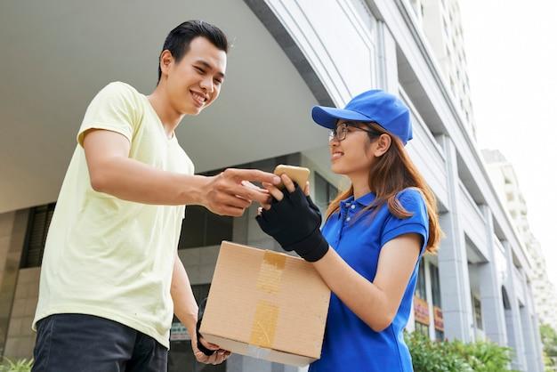 Podpisanie dokumentu dostawy
