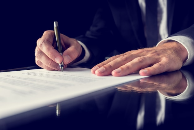 Podpisanie dokumentu prawnego