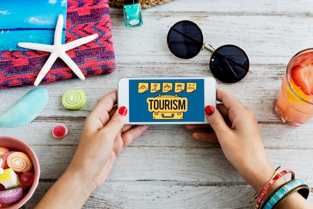 Podróż nawigacja podróż wakacyjna podróż telefon koncepcja