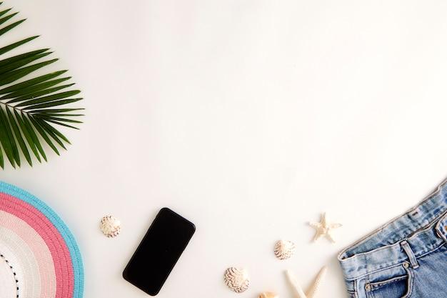 Podróż online koncepcja lato wakacje