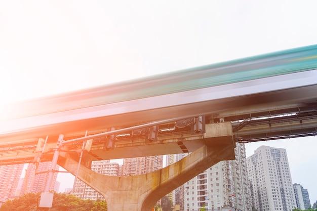 Podróż pociągiem dojazd do wnętrza technologii pociągu