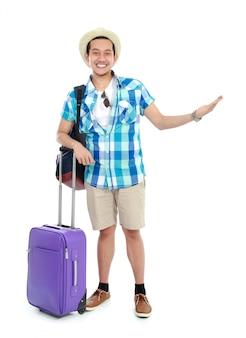 Podróżnik prezentujący coś