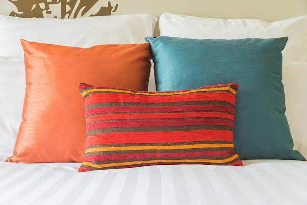 Poduszka na łóżko