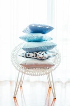 Poduszki wewnętrzne białą dzienną luksusu