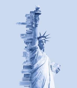 Podwójna ekspozycja obrazu statuy wolności i panoramy nowego jorku z niebieskim stonowanym obrazem radzenia sobie z przestrzenią