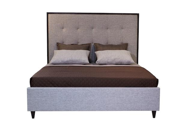 Podwójne łóżko na białym tle na białym tle