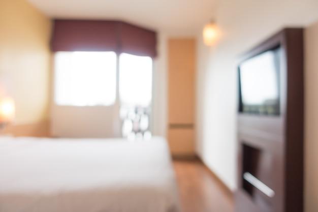 Podwójne łóżko z telewizorem