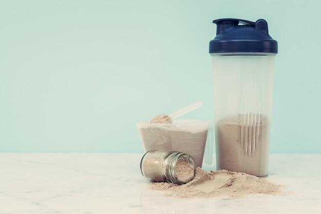 Podwójne odżywianie białek serwatki w proszku odżywka zdrowa żywność kulturystyka.