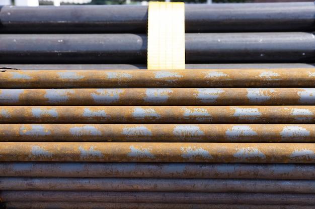 Podział prętów zbrojeniowych o dużych wymiarach stosowanych w betonie konstrukcyjnym
