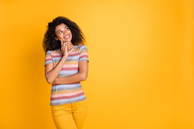 Pojawia się myśl o afro-amerykańskiej dziewczynie
