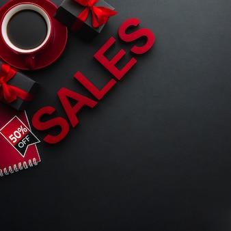 Pojęcie sprzedaży z kawą i kopii przestrzenią
