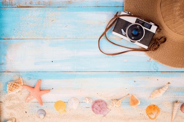 Pojęcie turystyki letniej, podróży i wakacji.