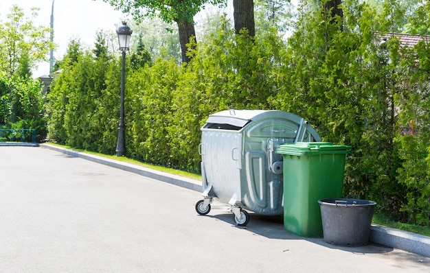 Pojemniki na śmieci