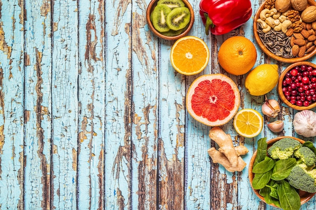 Pokarmy, które wzmacniają układ odpornościowy, widok z góry.