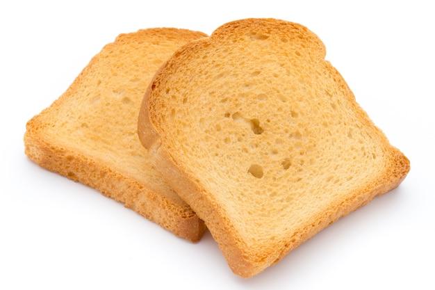 Pokrojony chleb tostowy na białym tle
