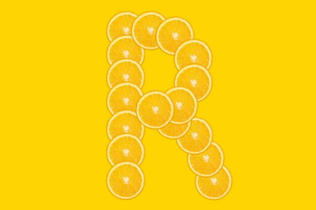 Pokrojony pomarańczowy alfabet - litera r