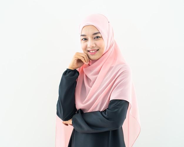 Pół muzułmanka portret kobiety