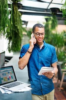 Połączenie internetowe udostępnianie technologia spotkań