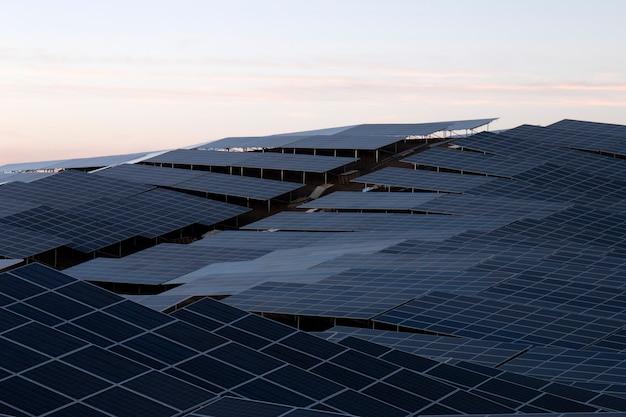 Pole paneli słonecznych