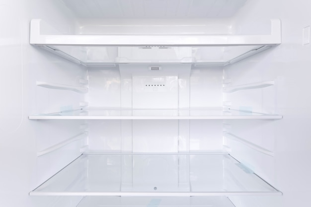 Półki w lodówce