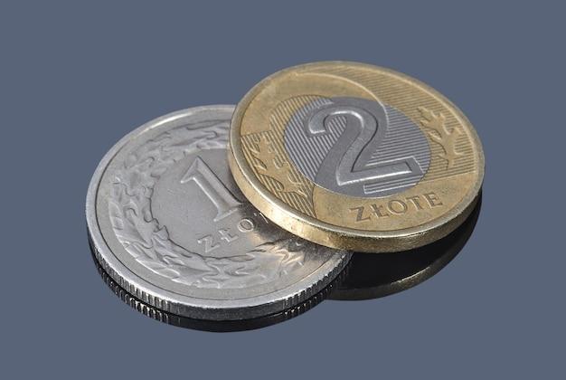 Polskie monety złote z bliska