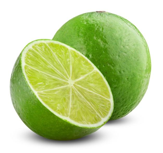 Półtorej limonki na białym tle