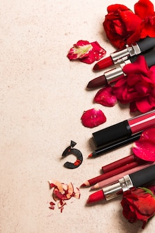 Pomadka i róża kwiaty