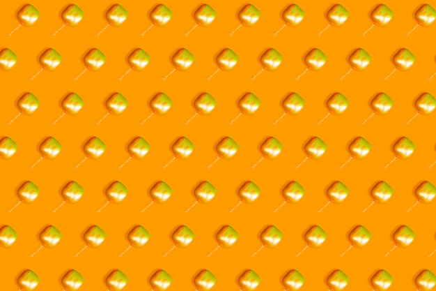Pomarańczowe tło uformowane z kwadratowych pomarańczowych balonów
