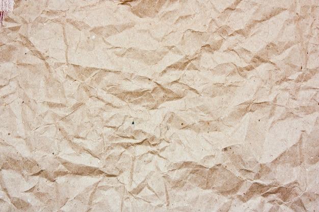 Pomarszczony papier pakowy
