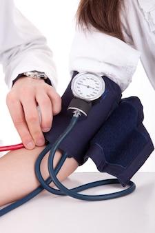 Pomiar ciśnienia krwi