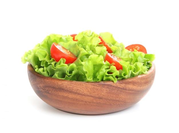 Pomidor i sałata na białym tle