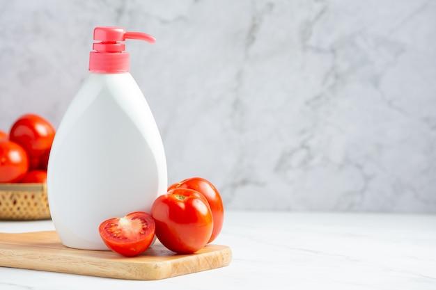 Pomidorowy balsam do pielęgnacji ciała