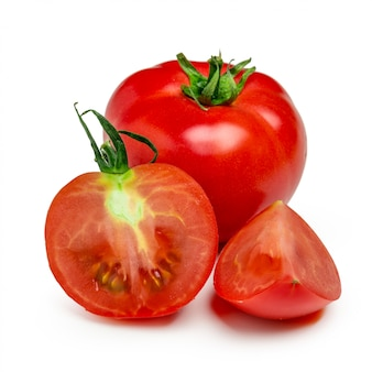 Pomidory. cały i pół odizolowane