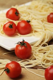 Pomidory i spaghetti