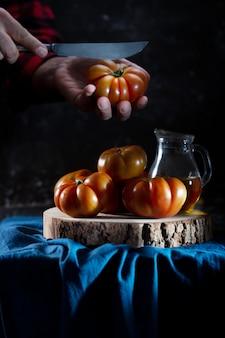 Pomidory martwa natura