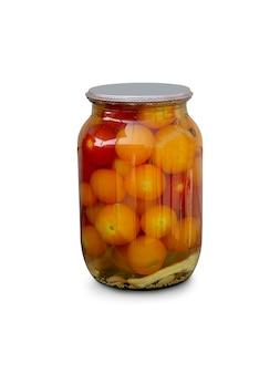 Pomidory w szklanym słoiku, rzemieślnicze przygotowanie pikli