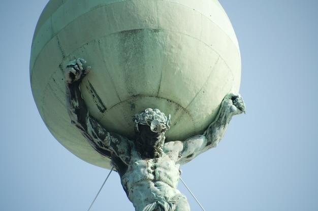 Pomnik amsterdam, holandia