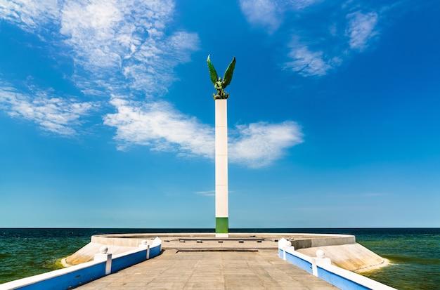 Pomnik w san francisco de campeche w meksyku