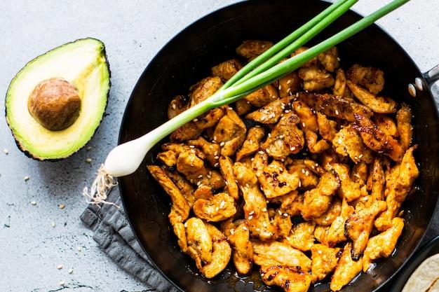 Pomysł na przepis na świeży domowy meksykański kurczak