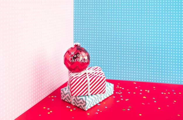 Pomysły na obchody rocznicy i przyjęcia w kolorowym pudełku