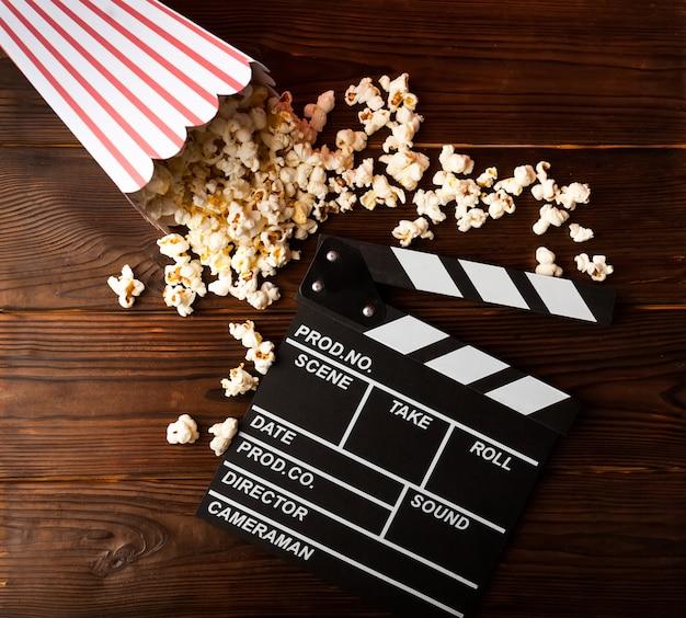 Popcorn i clapperboard