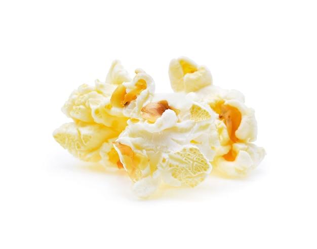 Popcorn na białym tle