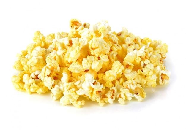 Popcorn odizolowywający na bielu