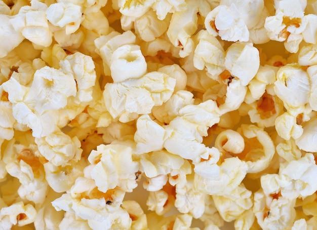 Popcorn, przekąski w tle