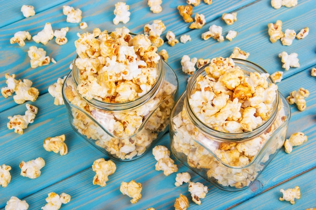 Popcorn słodko karmelowy