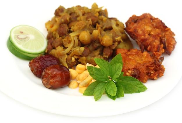 Popularne przedmioty iftar na święty ramadan w bangladeszu