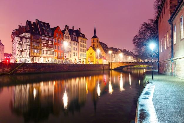 Poranny nabrzeże w strasburgu, alzacja