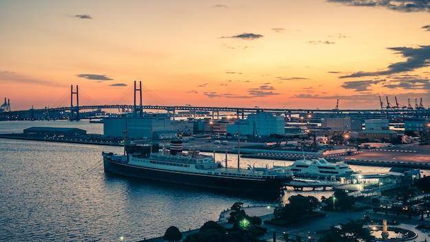 Port morski statku