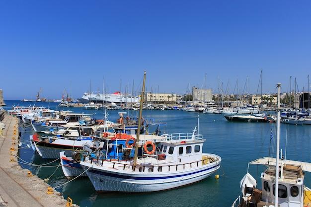 Port w heraklionie i port wenecki na krecie
