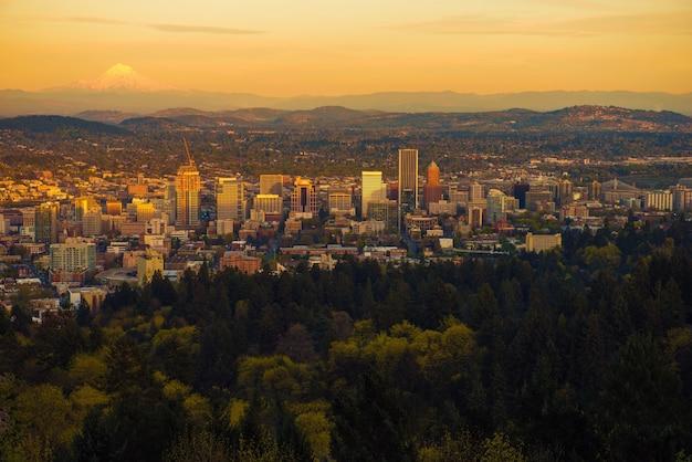 Portland oregon zachód słońca vista